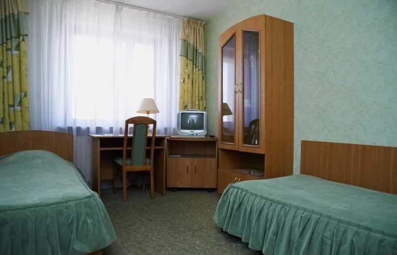 Luchesa - Room - 10