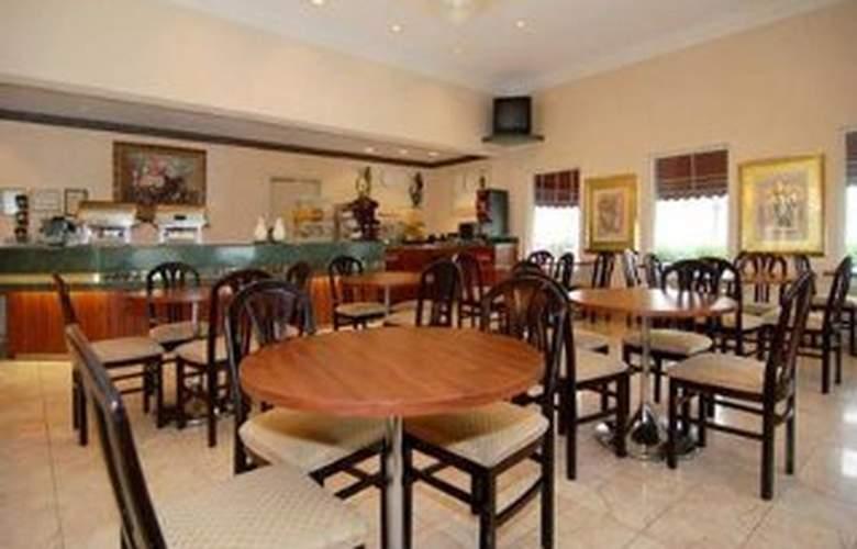 Comfort Suites Memphis - Restaurant - 4