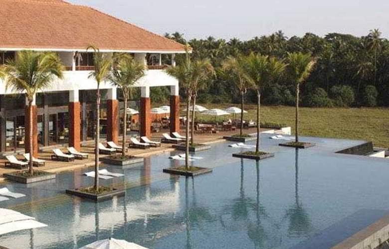 Diwa - Pool - 2