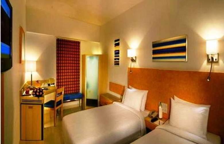 Hometel Harinagar - Room - 0