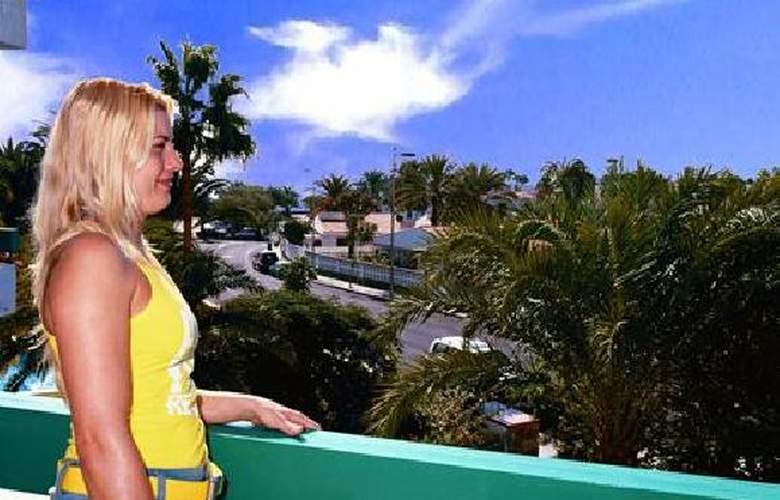 Maba Playa - Terrace - 7