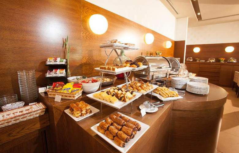 Spa Attica 21 Villalba - Restaurant - 26