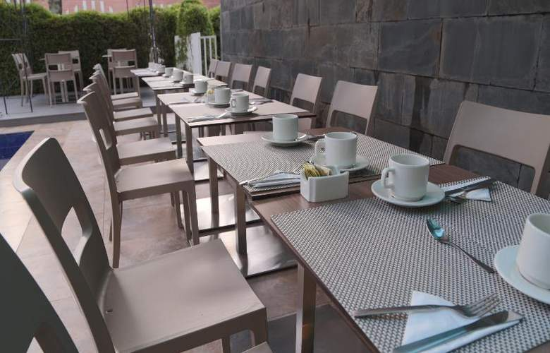 The Morgana Poblado Suites Hotel - Terrace - 31