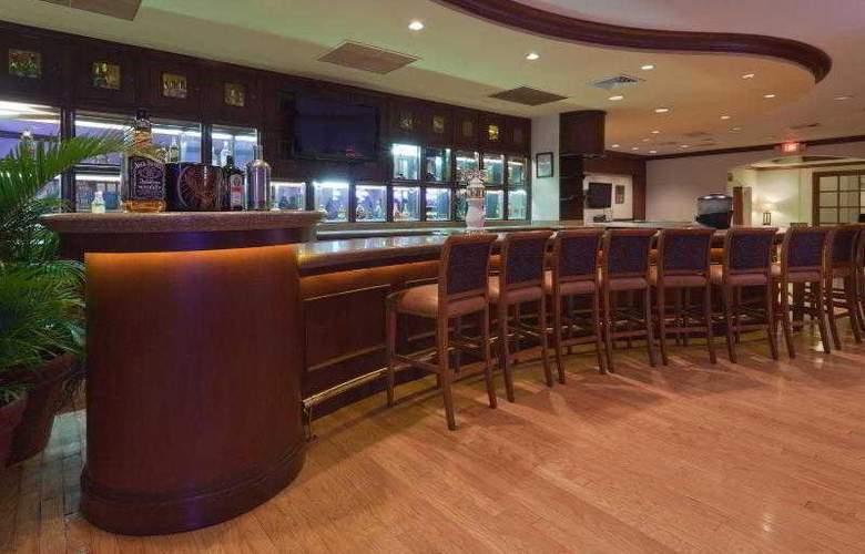 Crowne Plaza San Salvador - Bar - 32
