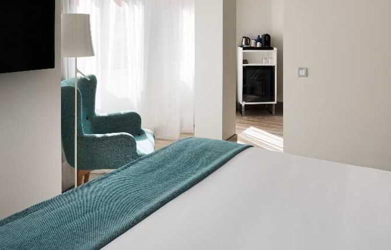 NH Madrid Zurbano - Room - 26