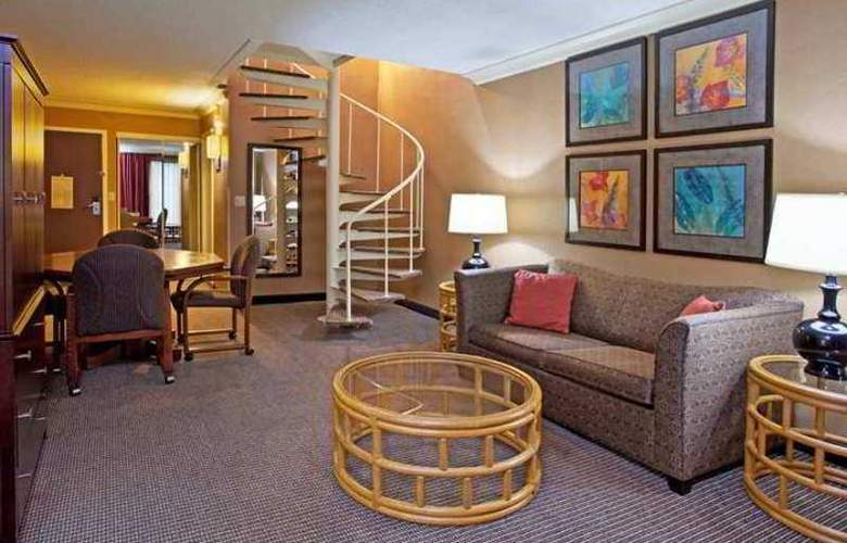 DoubleTree by Hilton Pittsburgh-Meadow Lands - Hotel - 3