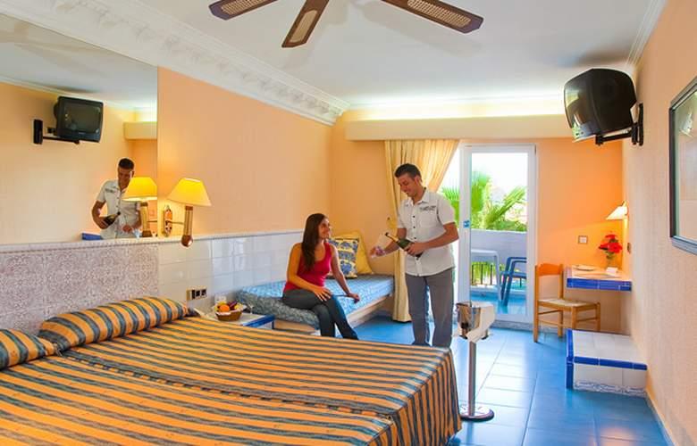 diverhotel Nautilus Roquetas - Room - 3