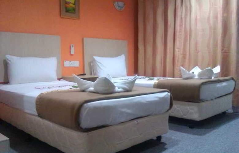Starcastle Golden Palace Hotel - Room - 2