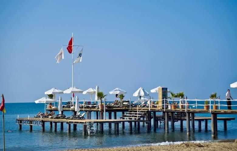 Limak Lara De Luxe Hotel&Resort - Beach - 22