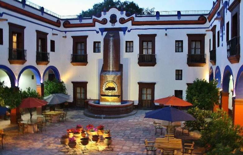 Hotel Suites Meson de la Merced - Hotel - 11
