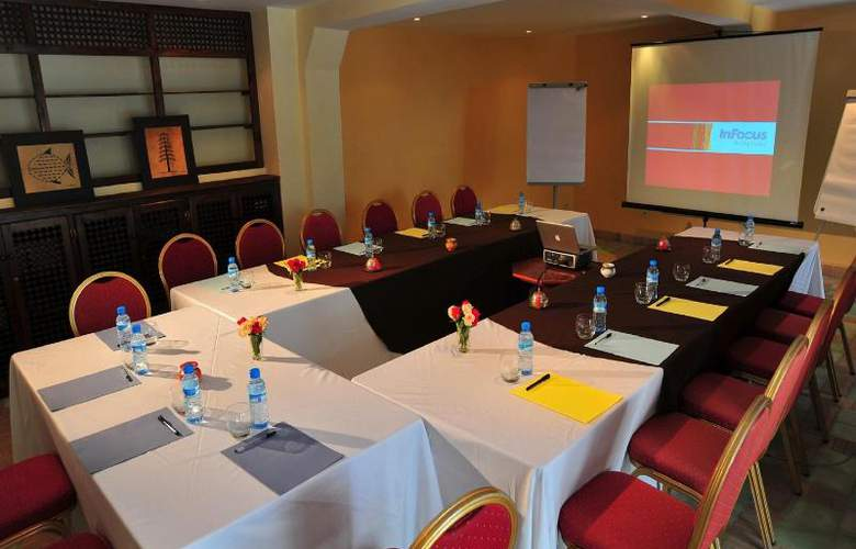Dar L'Oussia - Conference - 14