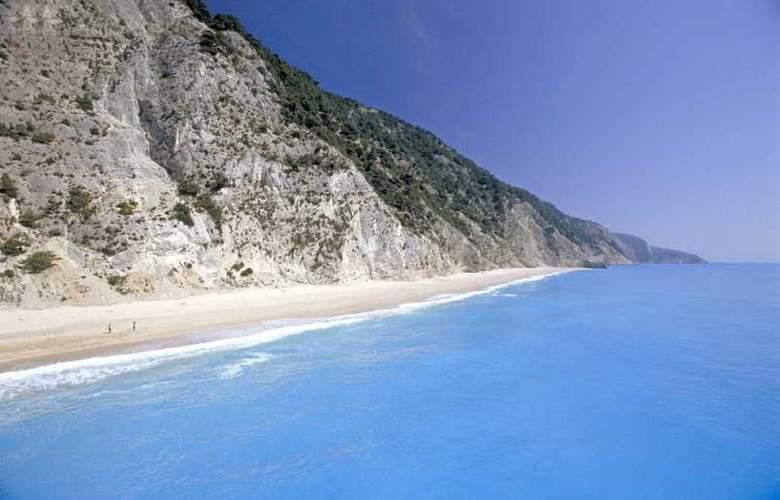 Porto Ligia - Beach - 13