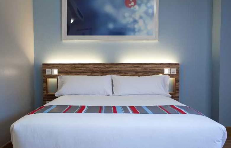 Travelodge Barcelona Poblenou - Room - 4