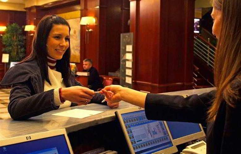 Best Western Premier Astoria - Hotel - 65