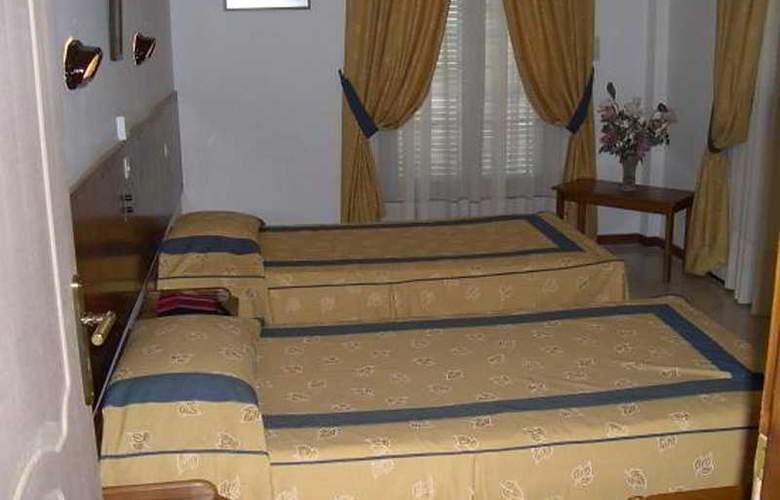 Famissi - Room - 3
