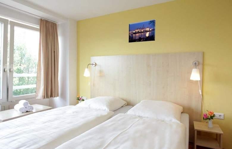A&O Hamburg City Sued - Room - 4