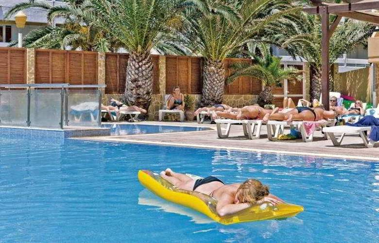 Kipriotis - Pool - 6