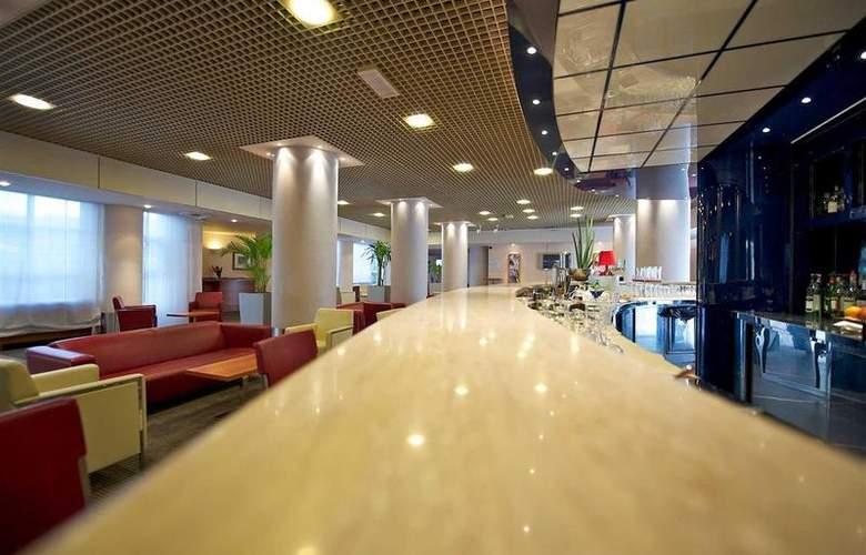 Novotel Firenze Nord Aeroporto - Bar - 8