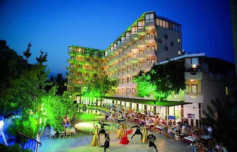 Monte Carlo Hotel - Hotel - 0