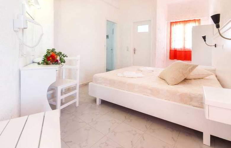 Artemis Suites - Room - 23