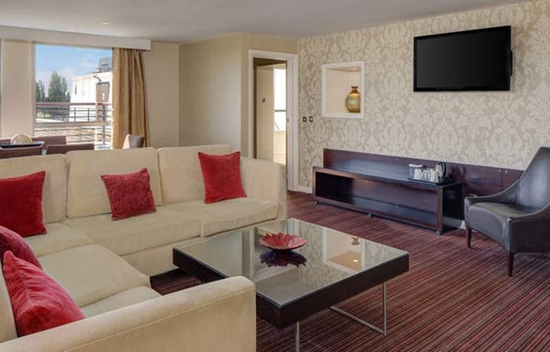 DoubleTree by Hilton Hotel Cambridge City Centre - Room - 15