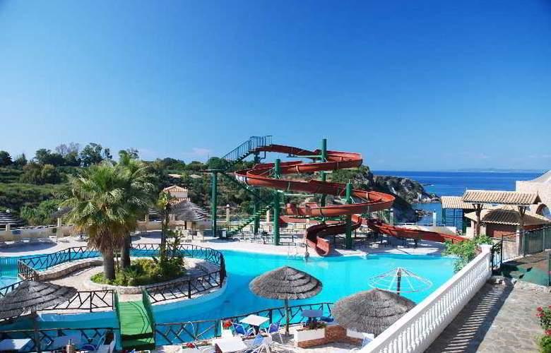 Zante Royal Resort - Pool - 9