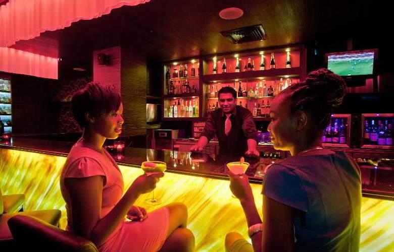 New Africa Hotel & Casino - Bar - 4