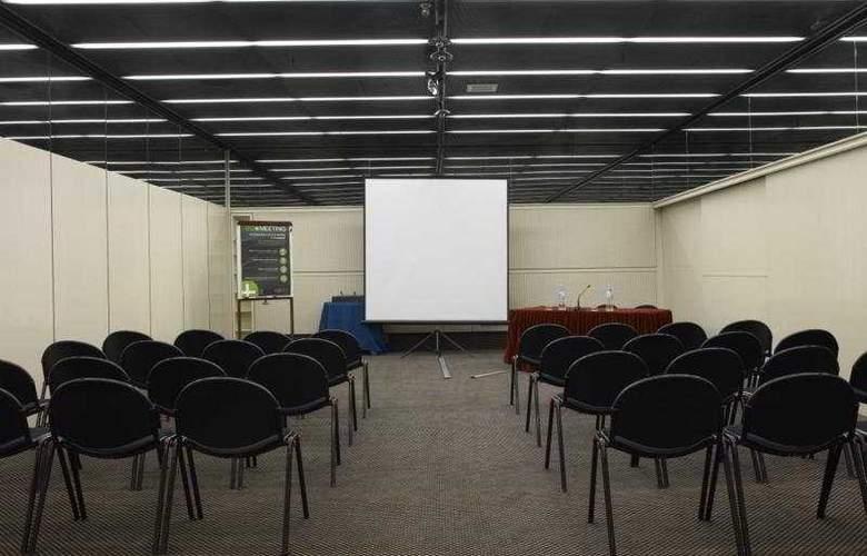 NH Ligure - Conference - 7