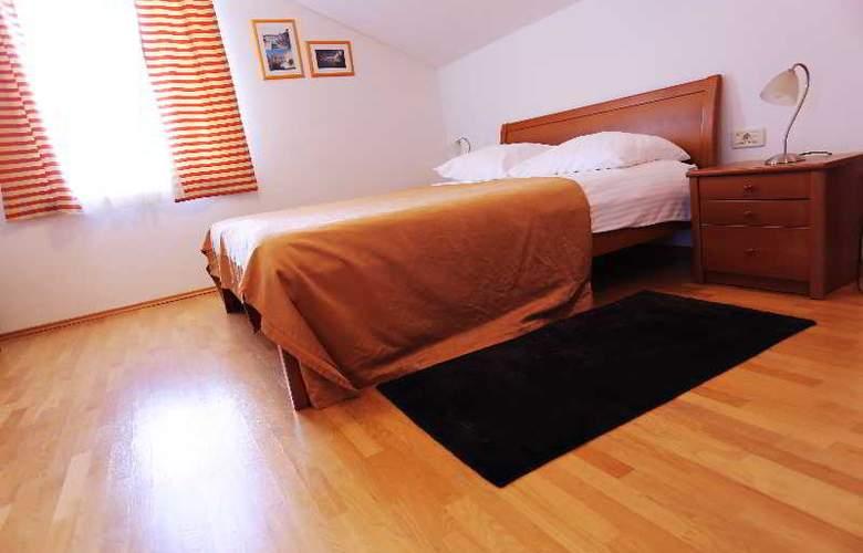 Pervanovo Apartments - Room - 28