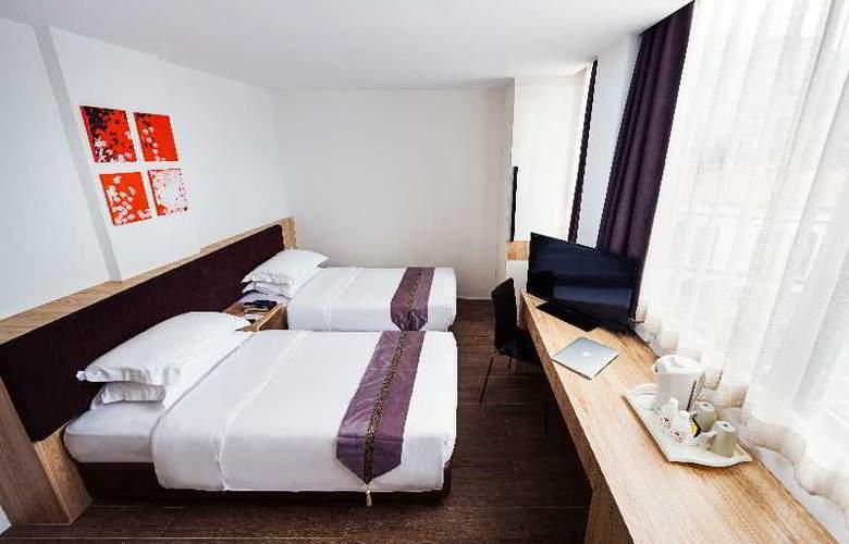 Soluxe Inn - Room - 14