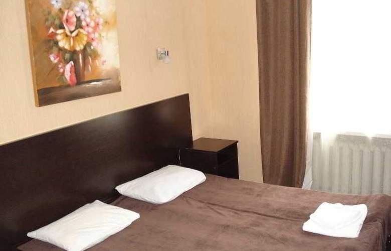 Ecotel Nivki - Room - 3
