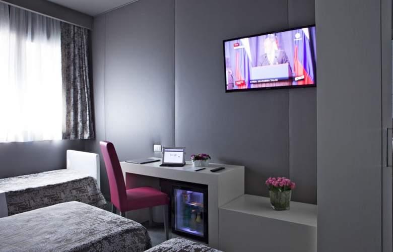 Smart Hotel Rome - Room - 25