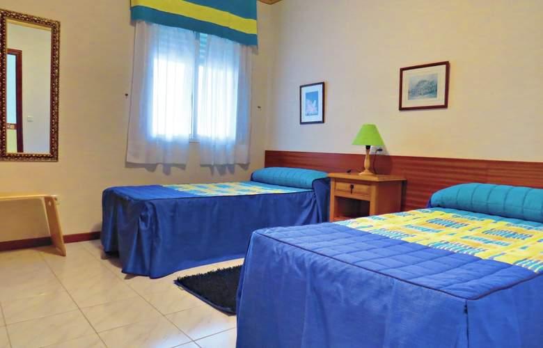 Apartamentos Park Raxó - Room - 2