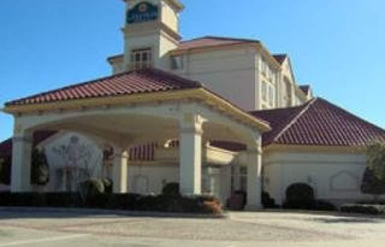La Quinta Inn & Suites Dallas/North Central - Hotel - 0