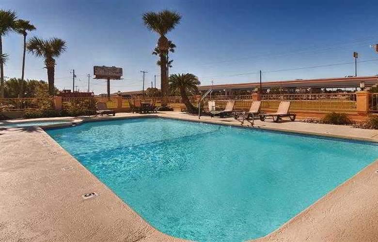 Best Western Kingsville Inn - Hotel - 64