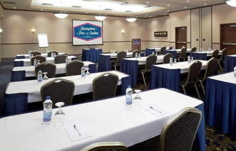 Hampton Inn & Suites Montreal - Conference - 31