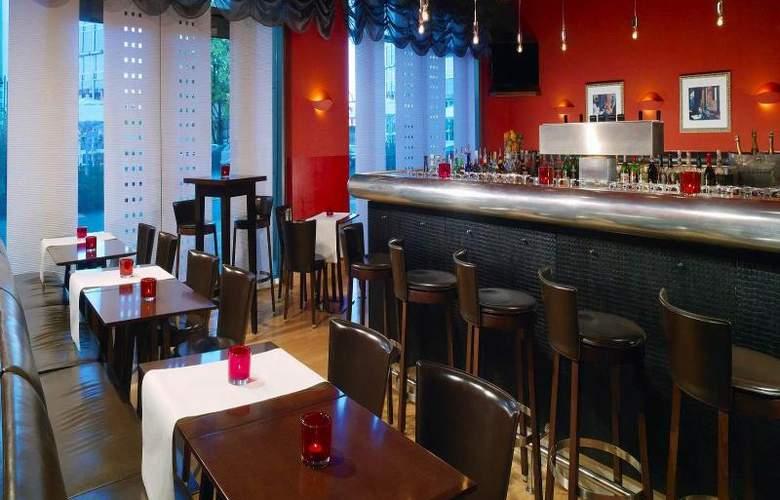 Arabella Sheraton Hotel Carlton - Bar - 6