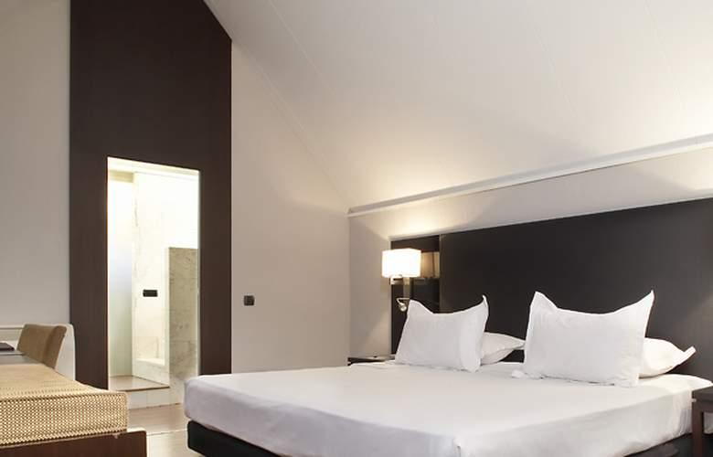 AC Ciudad de Sevilla - Room - 11
