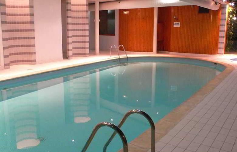 Luccotel - Pool - 4