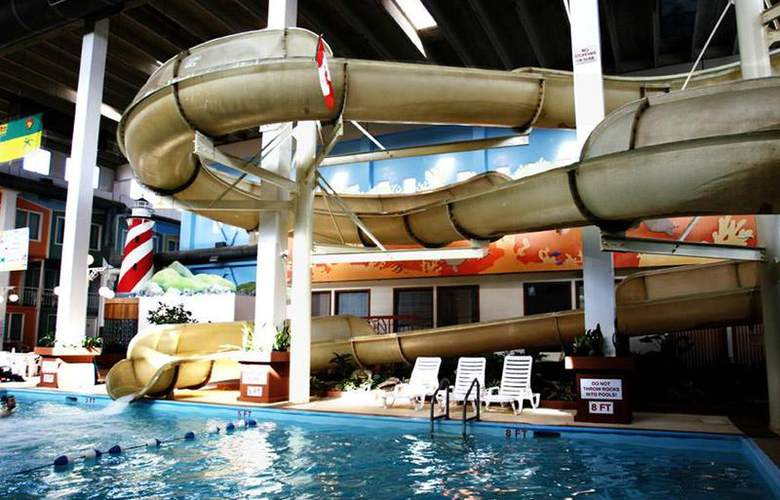 Best Western Seven Oaks Inn - Pool - 60