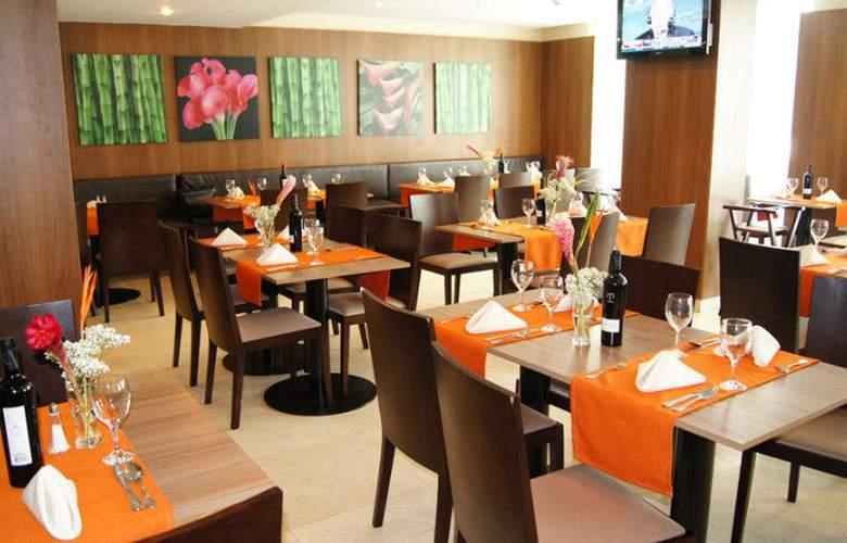 Wyndham Garden Hotel Panama City - Restaurant - 4