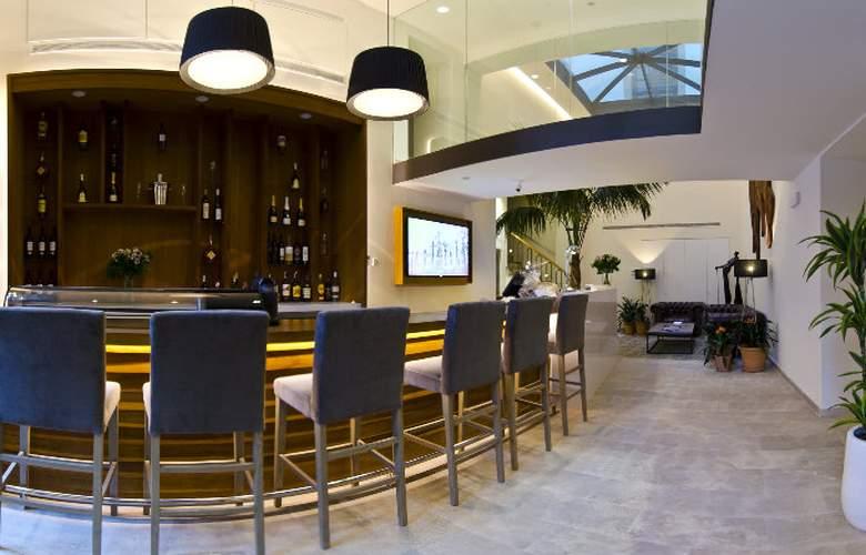 Palma Suites - Bar - 4