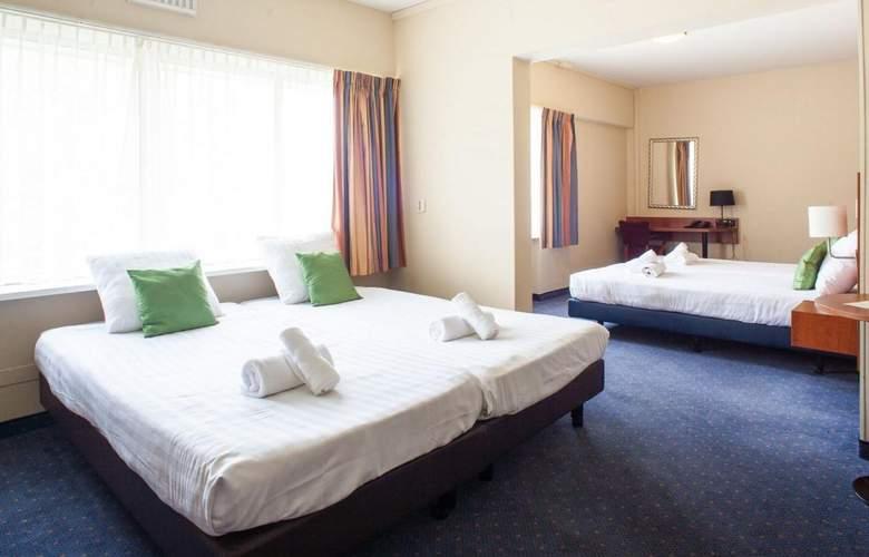 New West Inn - Room - 4