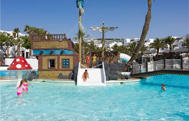 H10 Suites Lanzarote Gardens - Pool - 22