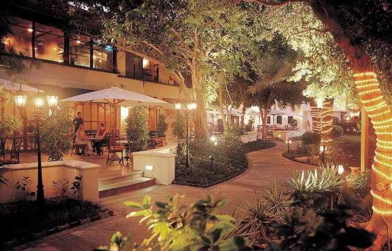Le Meridien Abu Dhabi - Hotel - 5