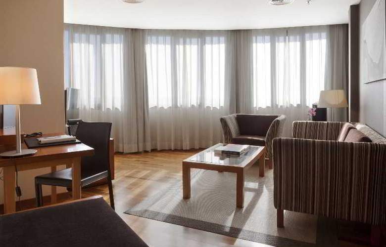 Ac Malaga Palacio - Room - 19