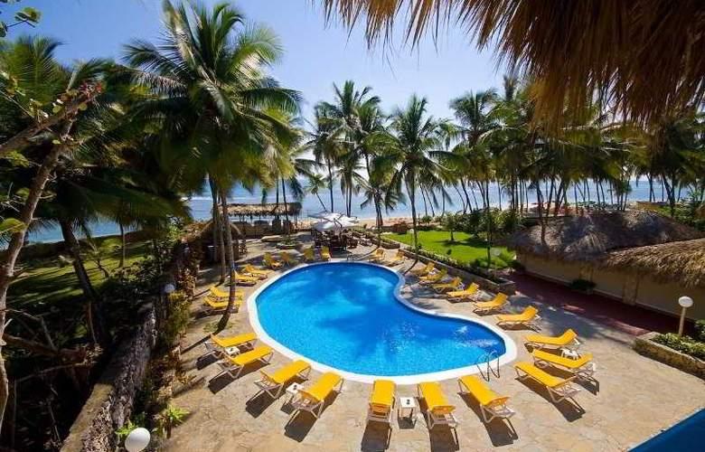 Playa Esmeralda - Pool - 3