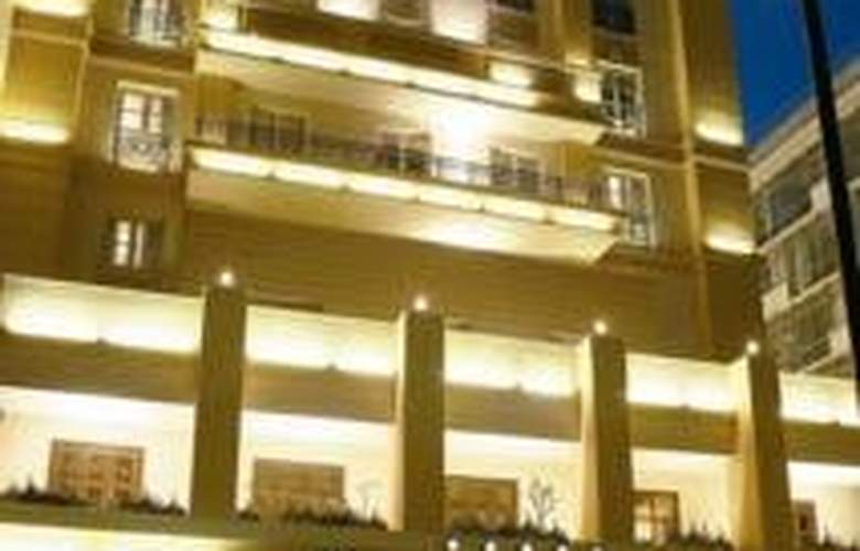 Classical Baby Grand Hotel - Hotel - 0