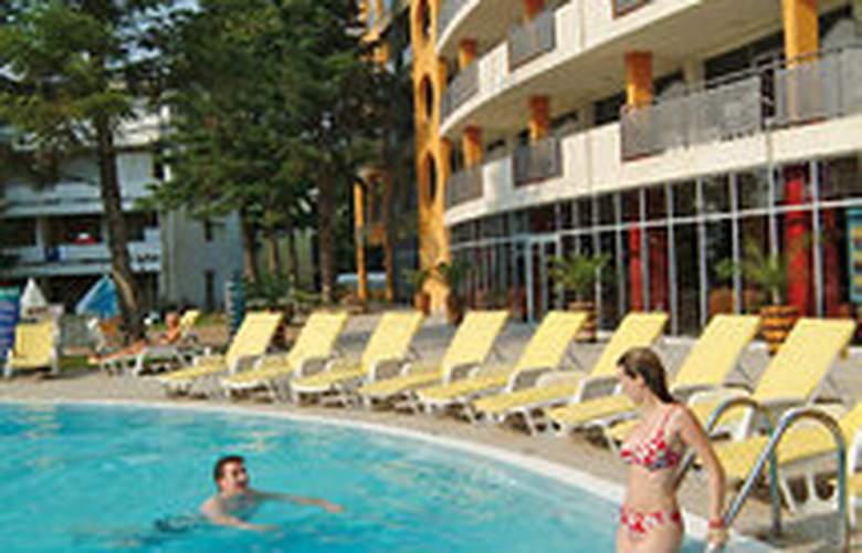 Viva Club - Pool - 4