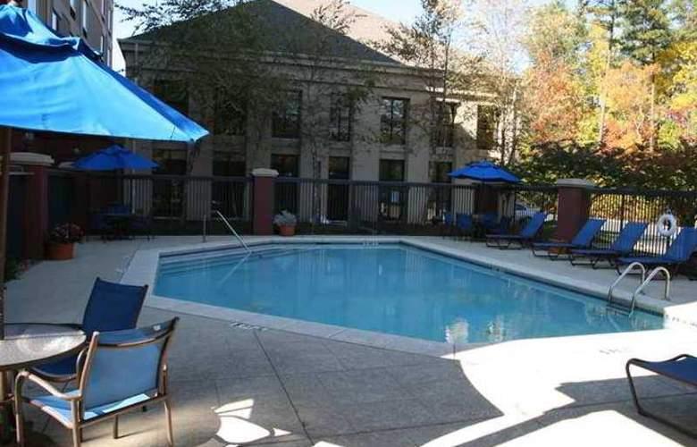 Hampton Inn & Suites Alpharetta - Hotel - 2